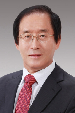 President Geongsang National University photo [경상대학교 총장 이상경 사진]